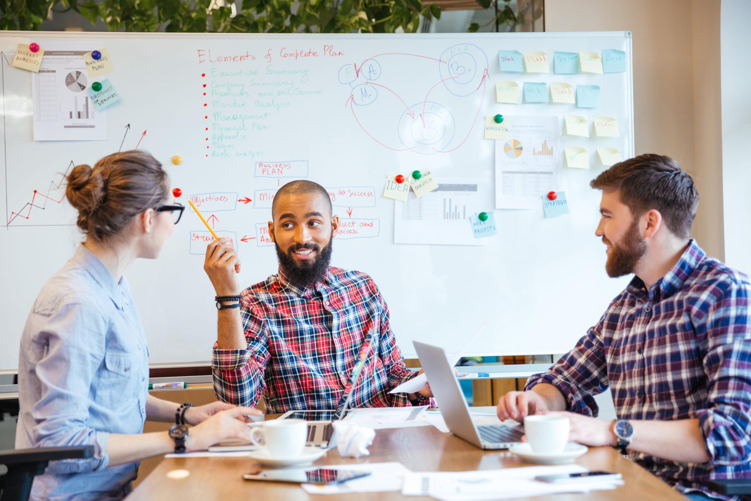 今事業主がデジタルマーケティングの人材育成に本気で取り組むべき理由とは?