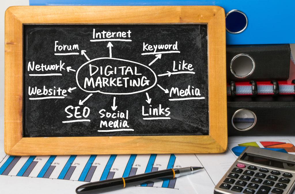 デジタルマーケティングの環境整備が必要